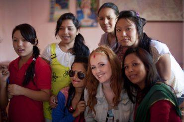 volunteer abroad, volunteer
